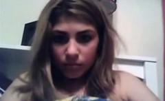 Teener Hairbrush Bating On Webcam NO SOUND