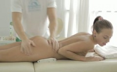 Massage finishes up in sex