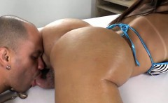Tgirl Giselly in romantic bareback sex