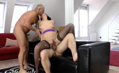 Old british slut gets dp
