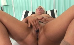 Glamour model first blowjob