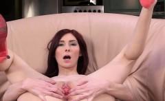 Masturbating And Gapping Her Vagina Cunt