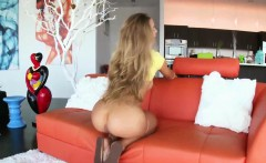 Amazing hot big ass babe Nicole Aniston