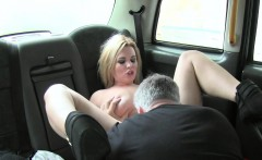 Busty slut got fuck and facial in taxi