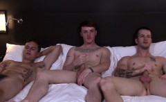 Buff marines jerking off in threeway