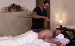 Gaybait masseur seduces mature hunk to fuck