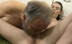 Young babe enjoys old schlong in mouth and pussy