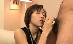Hawt milf receives on knees to suck in large cock, cum shot