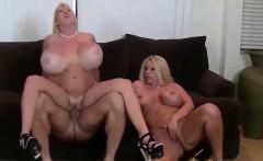 Two chicks suck a cum gun