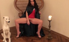 hot larissa gold loves drilling pussy with dildo