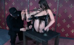 Young sub slut gets hardcore punishment