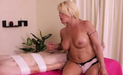 Bigtitted dom masseuse roping subs cock