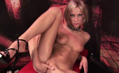 Kinky blonde loves to fist fuck her own wet pussy