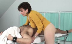 cheating uk mature gill ellis pops out her massive jugs