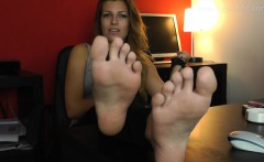 FGF- Estelle worship stinky feet HD