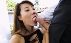 Hot Boss Tiffany Rain Sucks Big Cock Of Geeky Assistant
