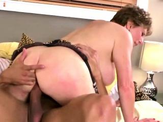 Cocksucking whore gets wild
