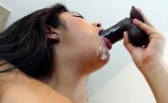 Teen Tramp Performing Her Live Webcam Sex Show