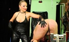 hot babe gets fastened up in some real bondage fetish act