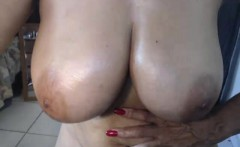 amateur bdsmcoupleee flashing boobs on live webcam