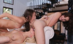 Scarlett and Lena enter an orgasm competition
