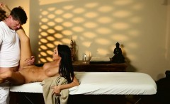 gorgeous massage babe plowed by masseur