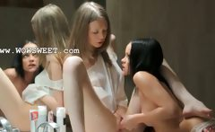 Skinny girls sucking pussies