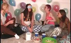 Girls at pijama sexparty playing truth or dare