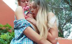 Passionate lesbo kissing with Ivana and Natasha
