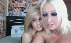 CyberSlut And SaddieHawk Livecam Girls Strap On Dildo Sex