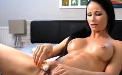 Hot MILF Orgasm on Cam