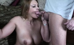 Curvy bombshell Jaylin Rose can get quite creative