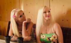 Hilarious voice over on this sex alps video with hot blondes