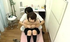 Insatiable Japanese girl invites a masseur to drill her ach