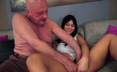 Brunette Naomie sucks off and gives handjob to lucky grandpa