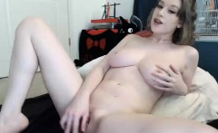 Stunning Teen Trying To Play On Cam