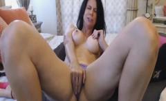Hot Babe on Cam Masturbate Her Wet Pussy To Orgasm