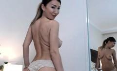 Very Hot Amateur babe Kitchen blow on Webcam
