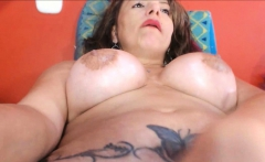 Huge Fat and Curvy Ass Latina Flexes and Cums