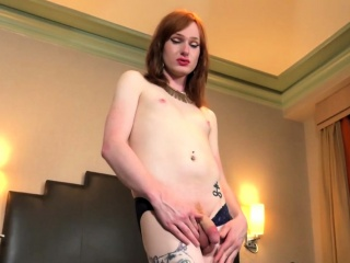 Ginger shemale babe fingering ass and jerking