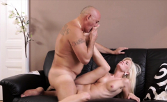 DADDY4K. Horny blondie wants to try someone little...