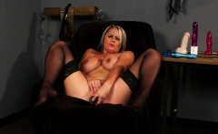 Feisty Beauty Gets Jizz Load On Her Face Eating All The Juic