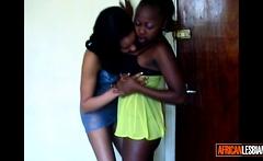 Ebony girls eating pussy on snapchat