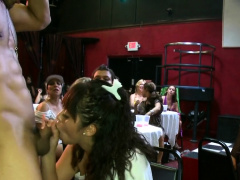 Hawt Stripper Is Getting His Cock Sucked By Several Women