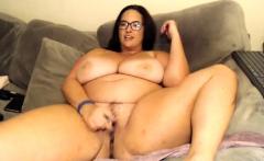 Big momma BBW oils up to masturbate