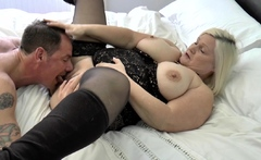 Chubby gran Lacey Star gets pussy tongued