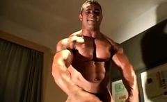 Str8 bodybuilder charles